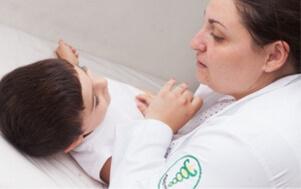 Foto sessão de Microfisioterapia com Dra Viviane Rocha