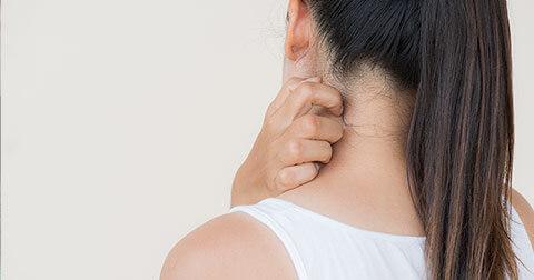 Foto mulher com Alergia Tratamento com a Microfisioterapia
